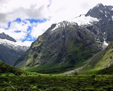 8 Days Mount Rwenzori Hiking Uganda